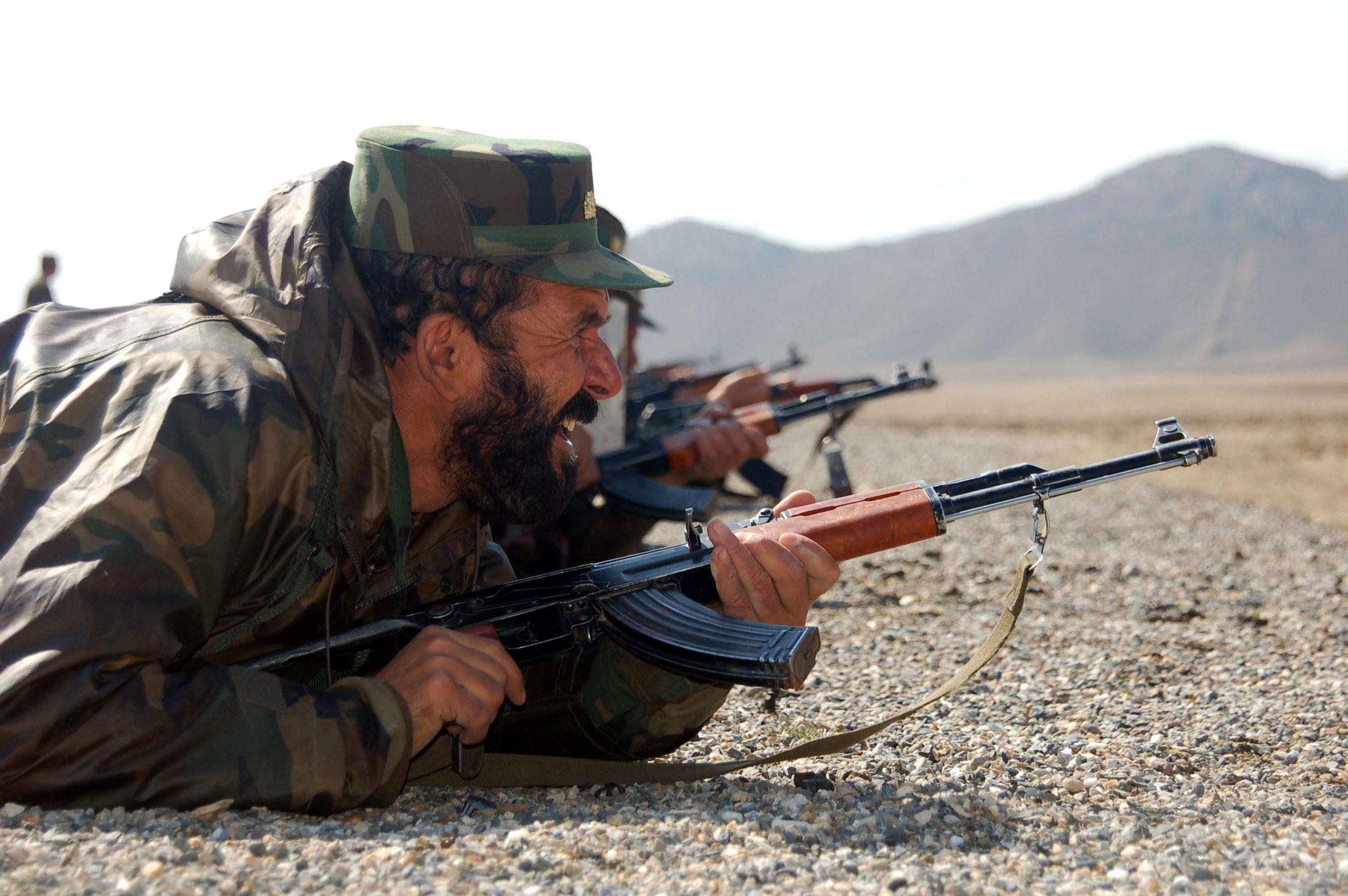 Афганское сопротивление просит Запад помочь оружием