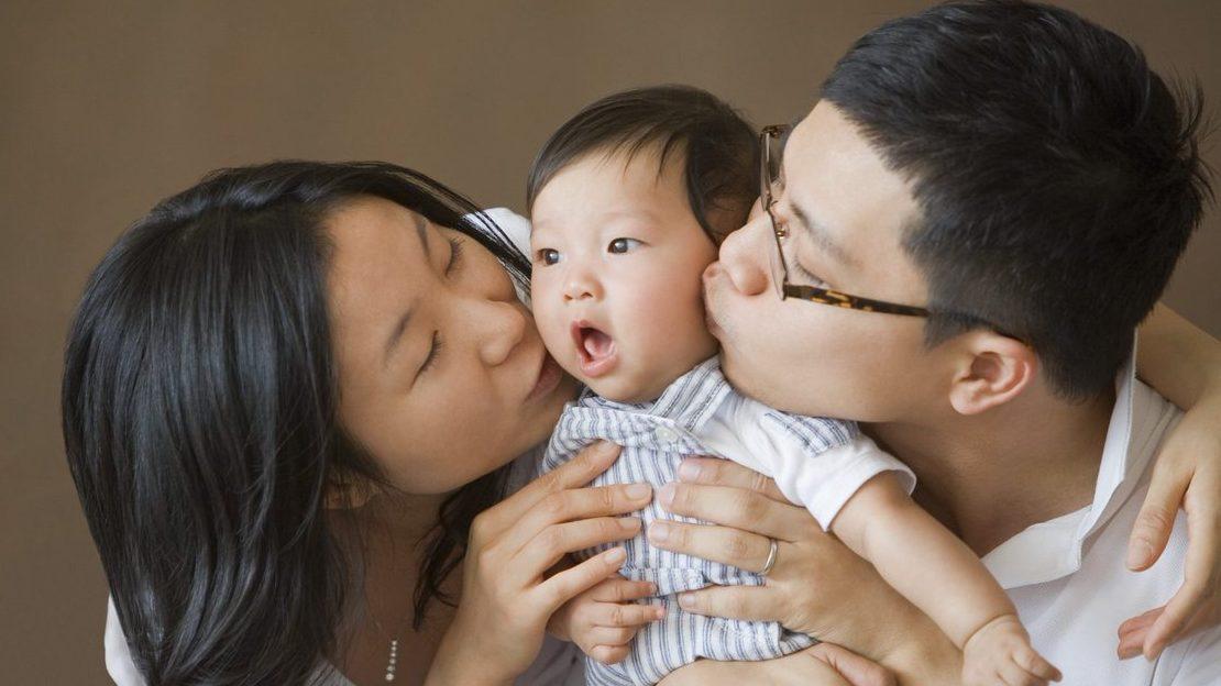 В Китае семьям разрешили рожать третьего ребенка