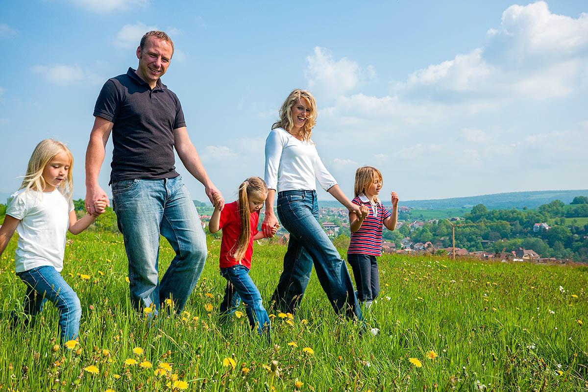 семьи с детьми надо освободить от налога с продажи жилья