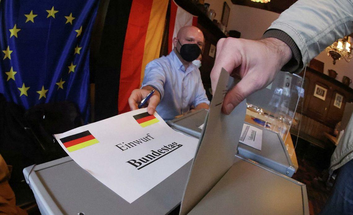 В Германии проходят выборы в парламент страны