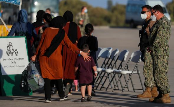 США заподозрили эвакуированных афганцев в связях с террористами