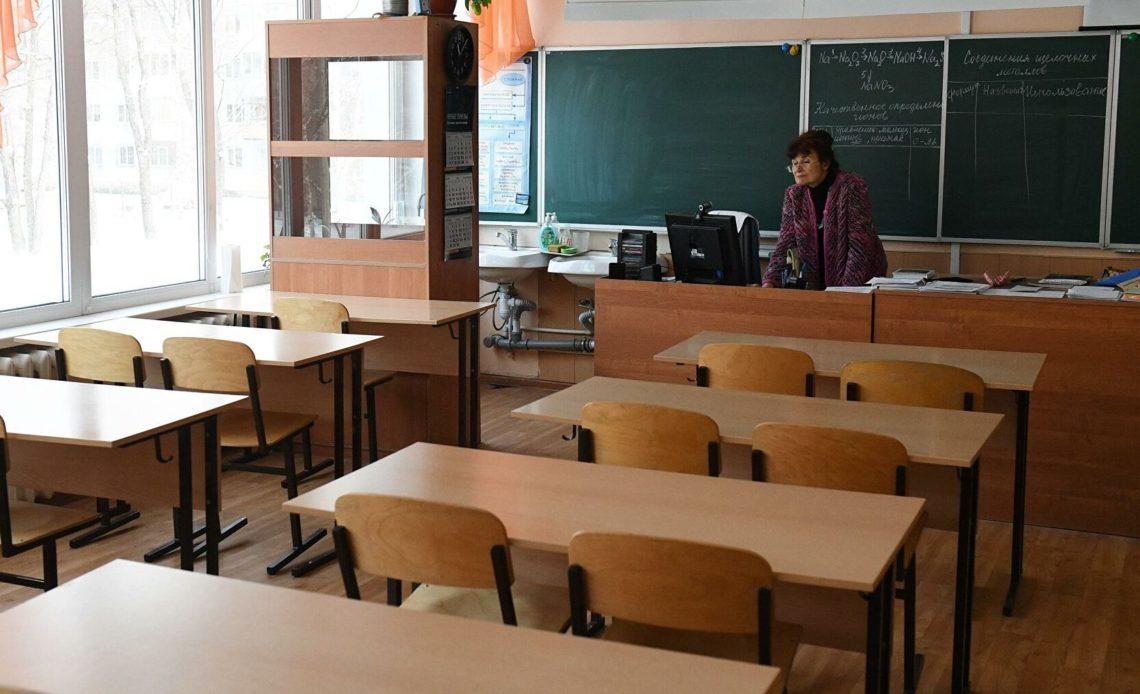 В школах Москвы началась программа по развитию волонтёрства