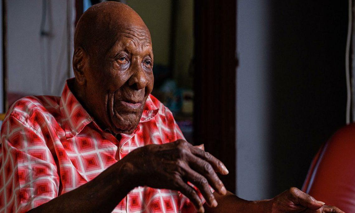Умер самый старейший житель Франции. Ему было 112 лет
