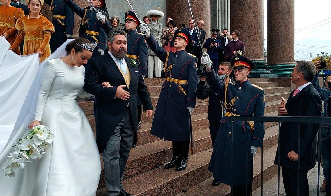 Шойгу наказал военных, отправивших караул на венчание Романовых