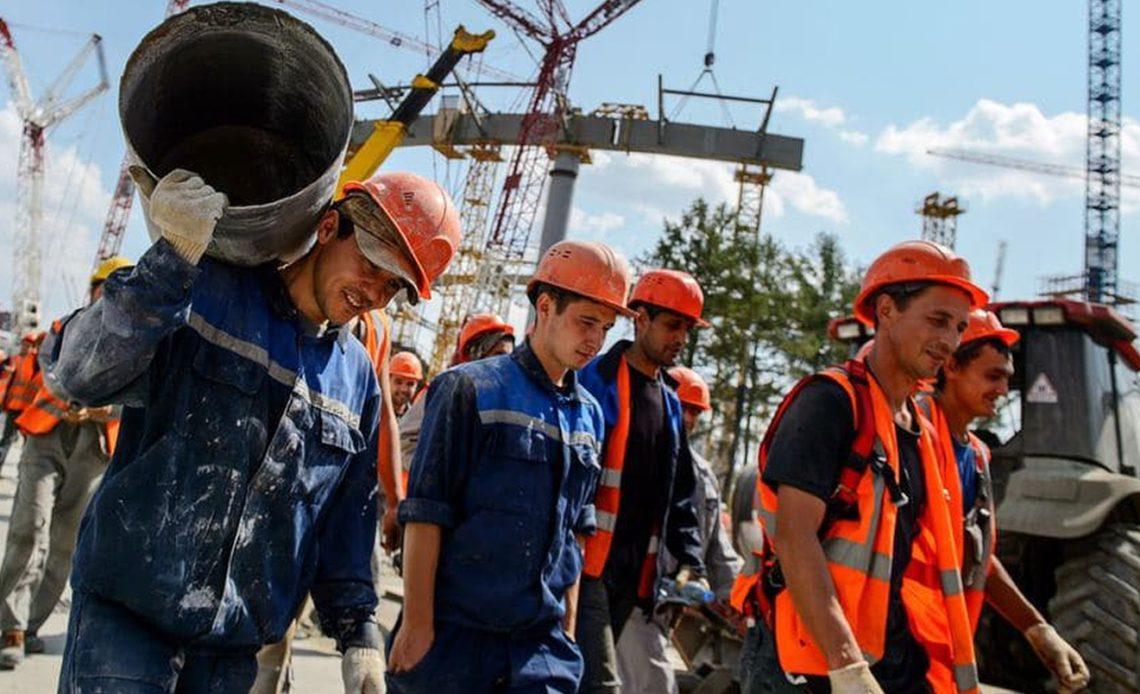 Ввоз мигрантов на стройки России может начаться до конца октября
