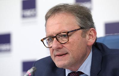 Титов: бизнес в регионах должен получать поддержку при введении ограничений по QR-кодам